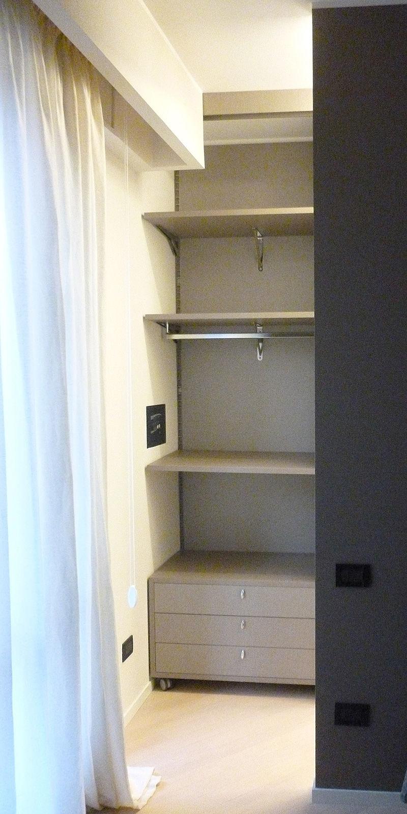 Interventi di interior design e disegno arredi nella casa privata ...